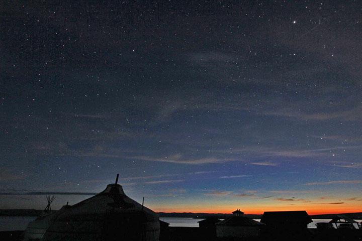 夜明けの星空.jpg