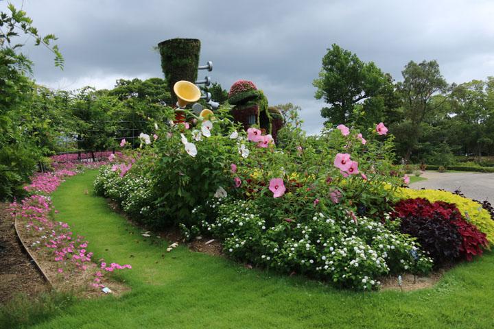 庭の一角2.jpg