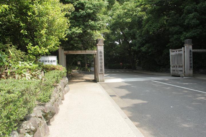 熱田神宮へ.jpg