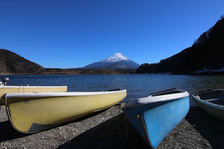 精進湖富士山4.jpg