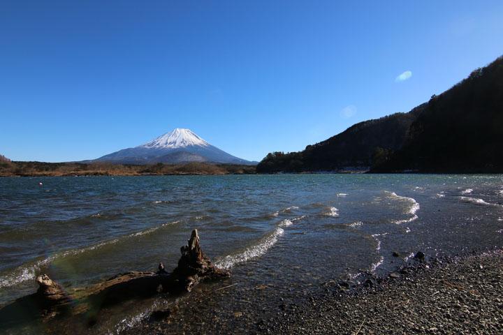 精進湖富士山5.jpg